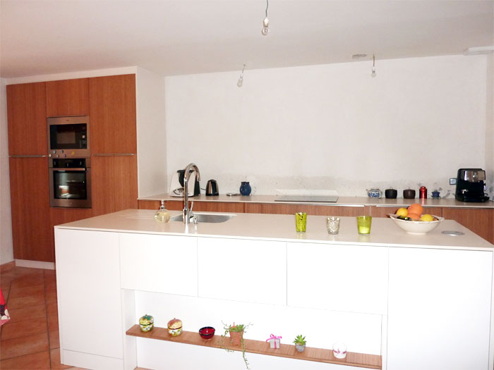 Rénovation de la cuisine d'une maison nantaise par Amélie Beaumont, Décoratrice UFDI à Nantes 44 : ilot central